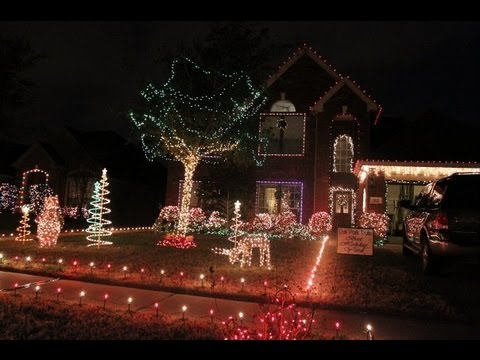 Syncronized Christmas lights with Snow Machine - Syncronized Christmas Lights With Snow Machine - YouTube