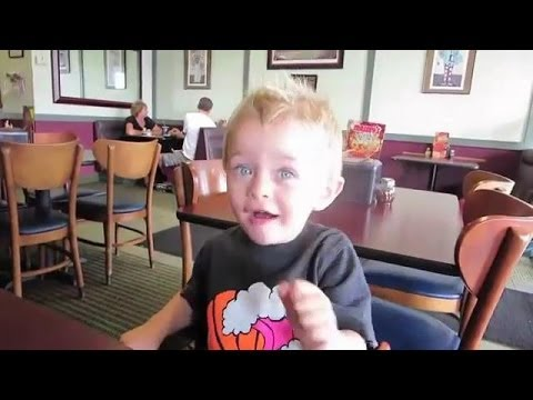 Download Youtube: RomanAtwood Son Kane Part 1