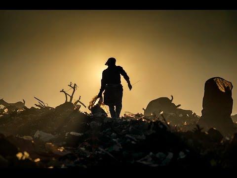 Street Photography - Landfill story - TPA Terjun Marelan