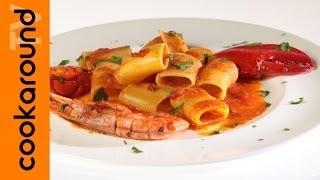 Paccheri con guazzetto di crostacei / Pasta scampi, astici, gamberi