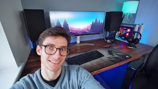 New year pc gaming setup! my huge ultimate desk is now in, ultrawide monitor in place, and speakers sounding epic! bring on 2020! links to everyth...