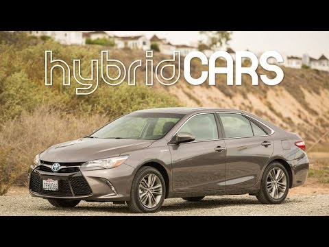 2015 Toyota Camry Hybrid Review - HybridCars.com Review