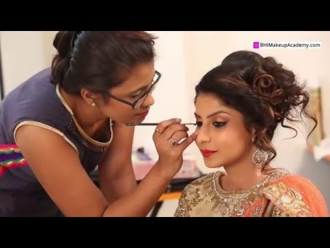 Divya Sonar Professional Makeup Artist and Hair Stylist(Video Profile)
