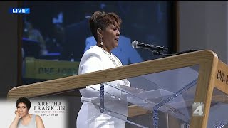 Sabrina Owens reads obituary for her aunt, Aretha Franklin