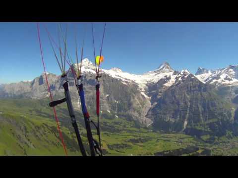 Paragliding Grindelwald First
