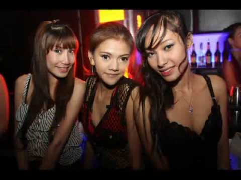 Bangkok Nightlife At Its Best At The Bank