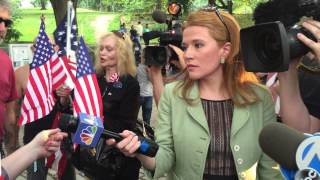 Woman Gives Passionate Defense of Flag at NYC Flag Burning