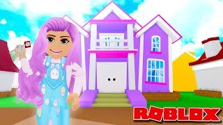 BUYING A TOWNHOUSE ESTATE IN MEEPCITY | Roblox