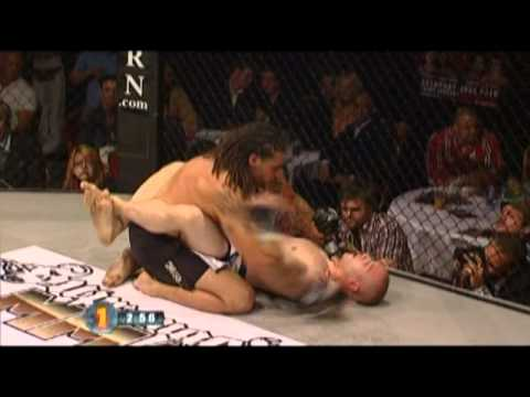 UCMMA20 - David Zetolofsky VS Karl Lawrence