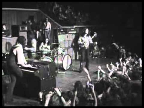 deep purple live in concert 1972 lucille and black night youtube. Black Bedroom Furniture Sets. Home Design Ideas