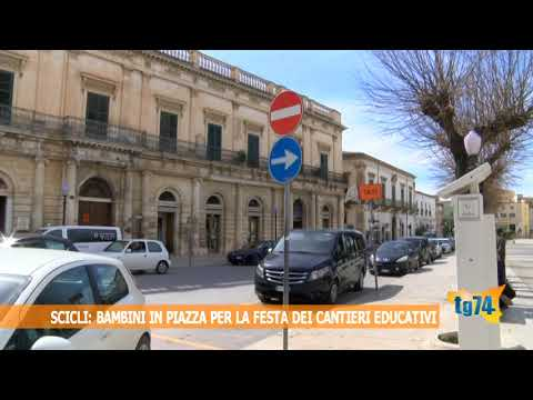 Bambini e genitori in piazza a Scicli per la festa dei cantieri educativi della città
