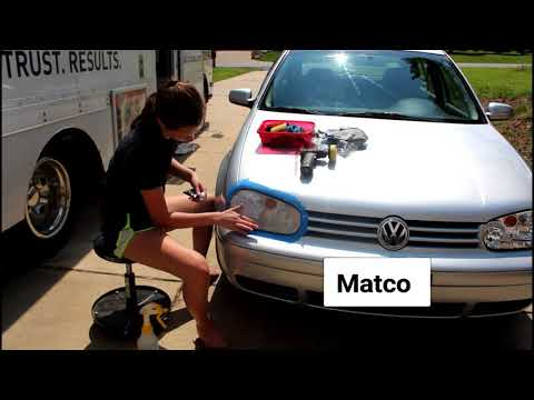 DIY-Headlight cleaning with Matco Tools
