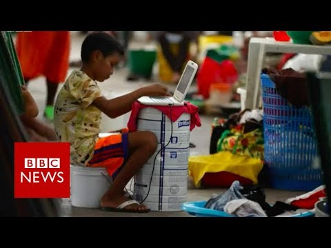 Venezuela indigenous group flees crisis  - BBC News