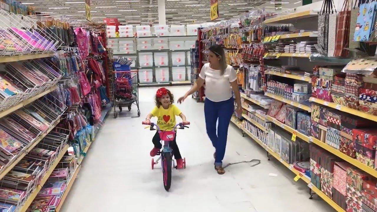 8eee4ab1c TIPOS DE CRIANÇAS na loja de brinquedos - COMPLETO - VALENTINA - YouTube