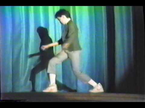 Dance halloween pee wee