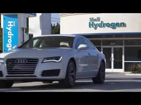 Audi A7 Sportback H-Tron - recharges at hydrogen station