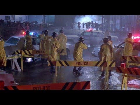 Men of War Cops VS Zombie (The Return of The Living Dead)