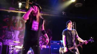 [HD] Skid Row - Jingle Bells - (Live 12/23/12 - Houston, TX)