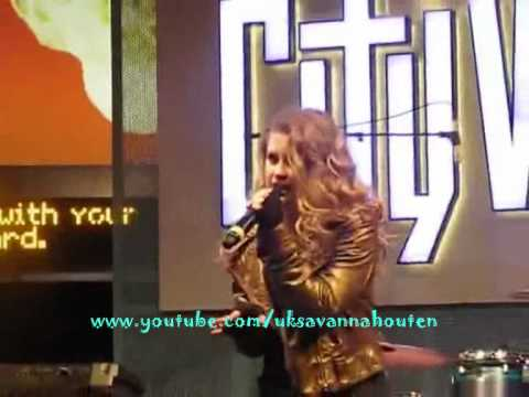 Savannah Outen Fighting For My Life - Live Performance In CW -(CityWalk)-