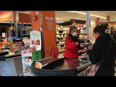 Assalto ai supermercati: ferraresi a caccia di igienizzanti