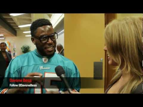 Kavita Channe catches up with a few Miami Dolphins and First Lady Ann Scott at the Library...