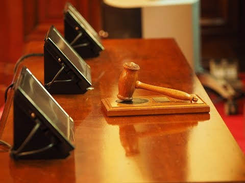 85. Cómo opositar para ser jueza, y el estado de nuestra justicia.