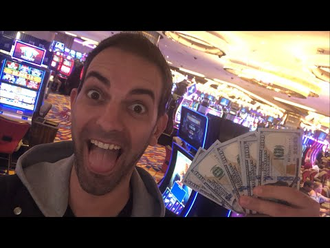🎰LIVE at HARD ROCK Casino in AC 🎉 Slot Machine FUN with Brian Christopher