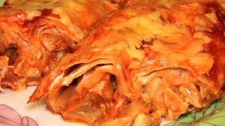 Запеченный рулет из лаваша с курицей и сыром. Пирог из лаваша