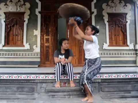 TAN SIDA GELAHANG (Drama Bahasa Bali )