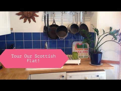 Tour our Edinburgh Scotland Vacation Flat | Dotting The Map Travel