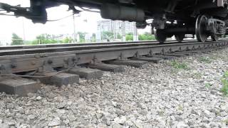 Прогиб рельс под тяжестью вагонов(Прогиб рельс под тяжестью вагонов. Работа верхнего строения пути., 2015-08-16T08:16:32.000Z)