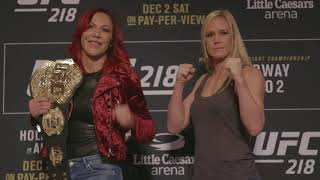 Video UFC 219: Cris Cyborg vs Holly Holm - Media Day Faceoff download MP3, 3GP, MP4, WEBM, AVI, FLV Juli 2018