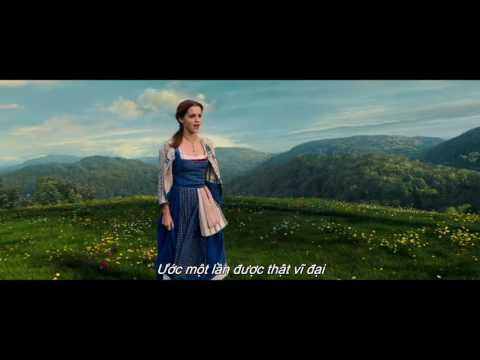 "Beauty And The Beast - Emma Watson sings ""Belle"" (Litte Town) song"