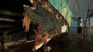 Team Vestas Wind yacht recovered from reef Indian Ocean