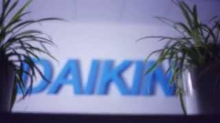 Обзор, сравнение популярных моделей кондиционеров Daikin(Кондиционеры Daikin участвующие в видеообзоре: FTXN-L (http://www.daikin-shop.ru/series/daikin_ftxn_l/) FTXS-K ..., 2014-04-15T15:57:31.000Z)