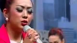 Soimah Nyanyi Bidadari Surga Ku Lagu Kenangan Ustad Uje Pipik Dian Irawati YouTube