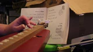 My first time playing a Dulcimer - Away in a Manger
