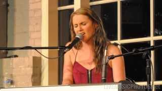 "Sara Haze - ""Lovely"" - Illinois Wesleyan University, Sept. 22, 2010"