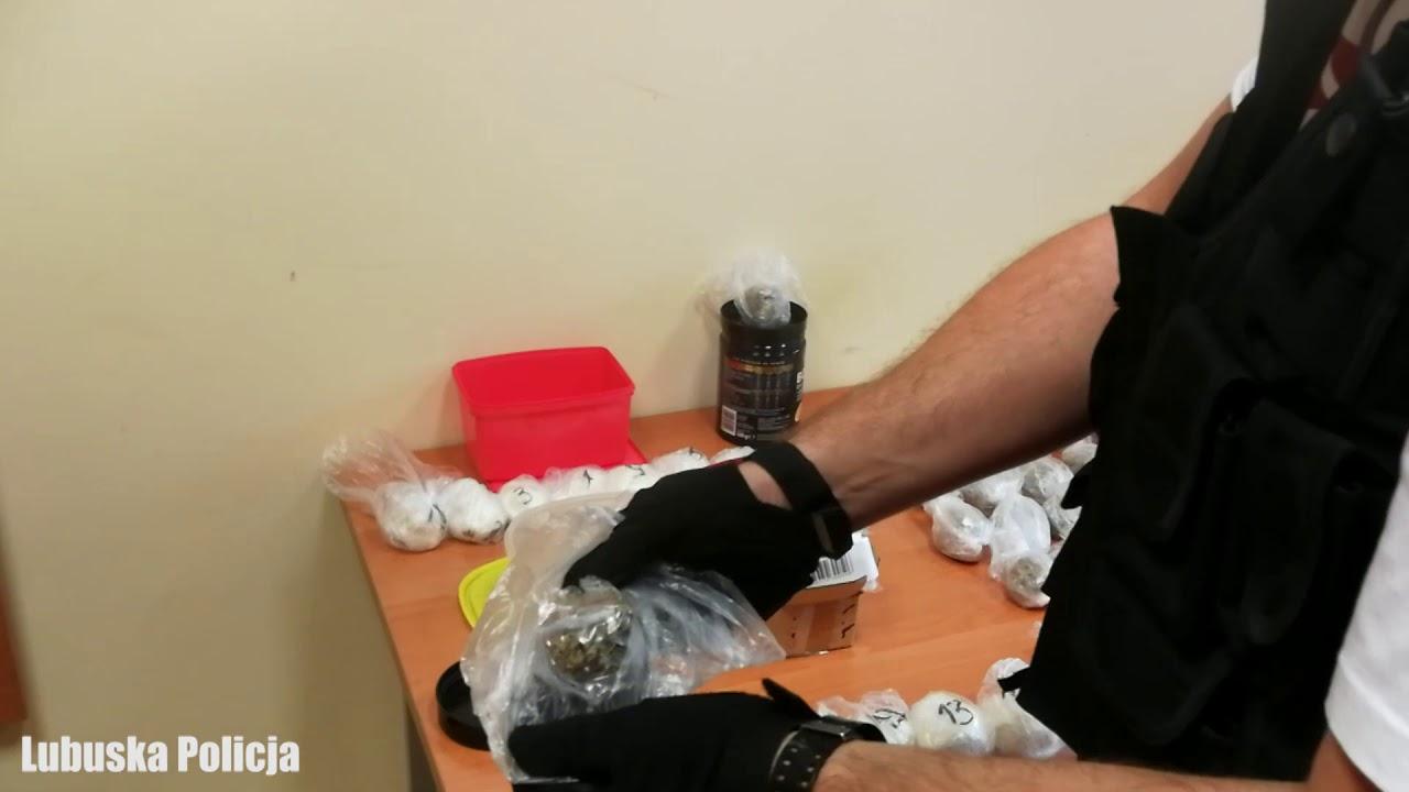 Ponad dwa kilogramy narkotyków zabezpieczone przez policjantów. Handel na dużą skalę