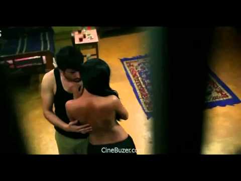 Veena Malik Hot Intimate Scene 1
