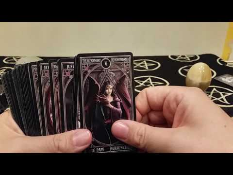 Ann Stokes Gothic Tarot Full Review