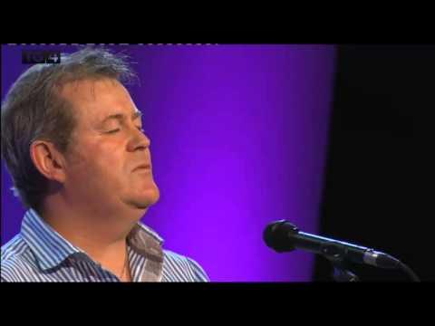 Tony Mac Ruairí - Báidín na Sceidil (Sean-Nós)