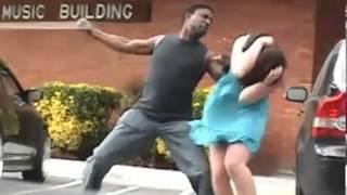 Repeat youtube video Un homme veut frapper sa copine quand tout à coup.....  - VideoGaglol