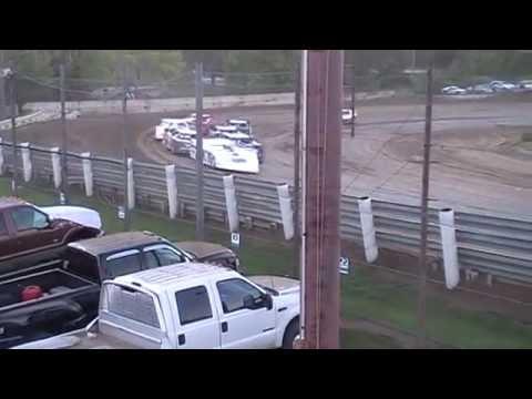 Mark Burgtorf 1st Feature Win 2016 Quincy Raceways 8/21/16