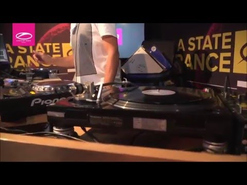 ASOT Radio 750 (The Sound of Vinyl)