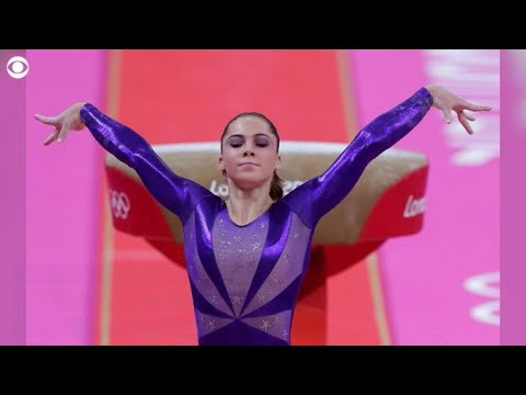 Chrissy Teigen offers to pay McKayla Maroney's possible fine for discussing Nassar abuse