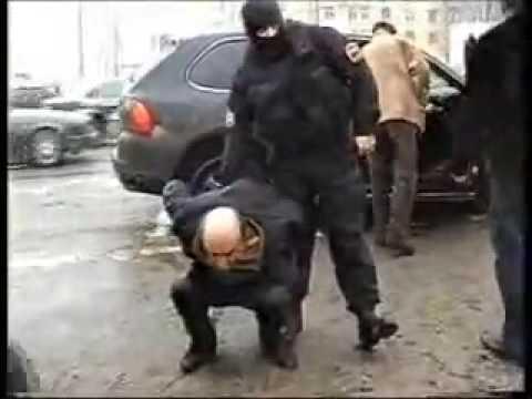 Russian SWAT capture Porsche with gangsters
