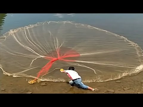 Most Satisfying Cast Net Fishing Video Catch Tons of Fish - Traditional Net Catch Fishing on River