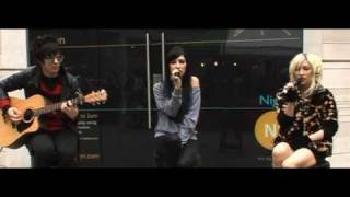 The Veronicas - Untouched [Live at N1 Centre London]