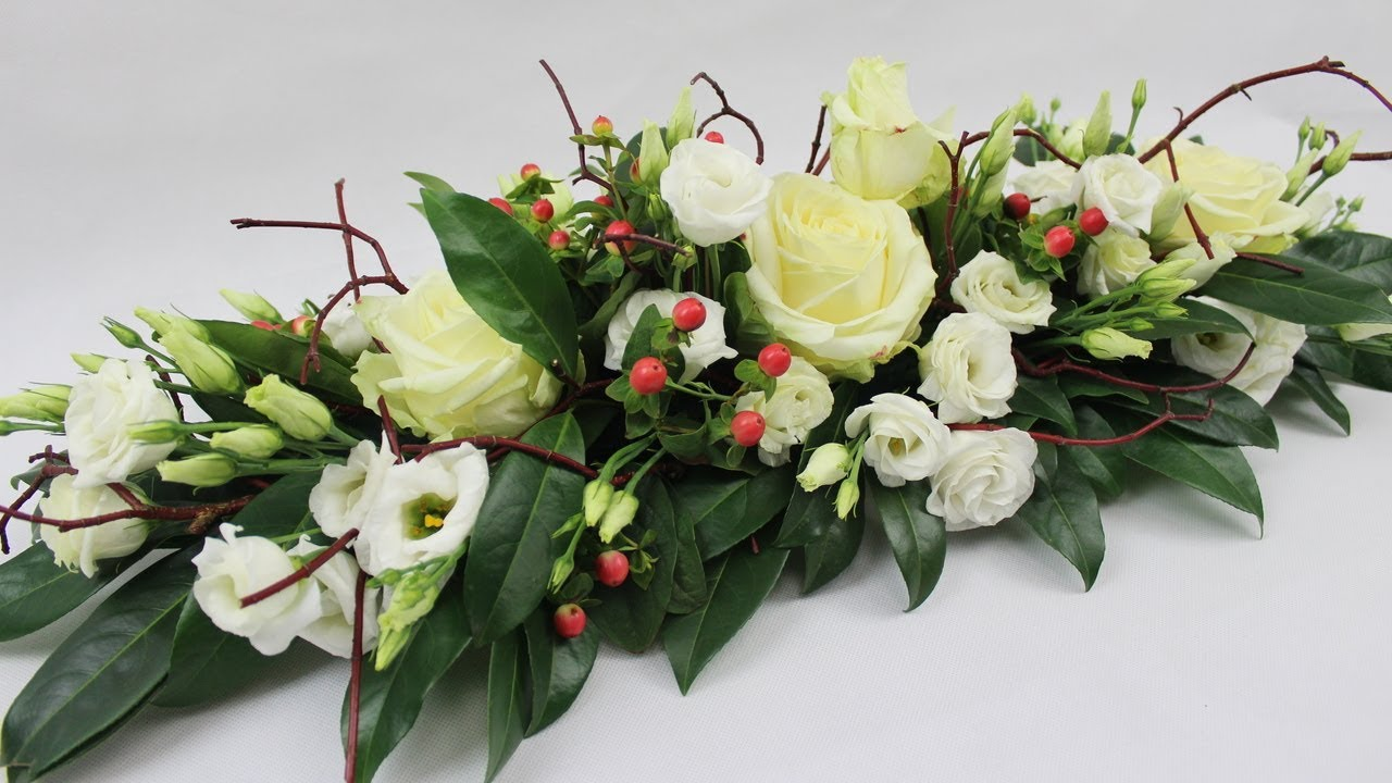 Blumendeko selber machen floristik anleitung tischgesteck for Gestecke fa r weihnachten selber machen